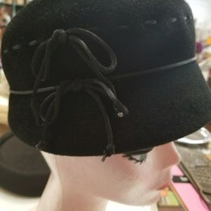 Vtg Black Fur Women's Hat Lazarus Paris Cincinnati